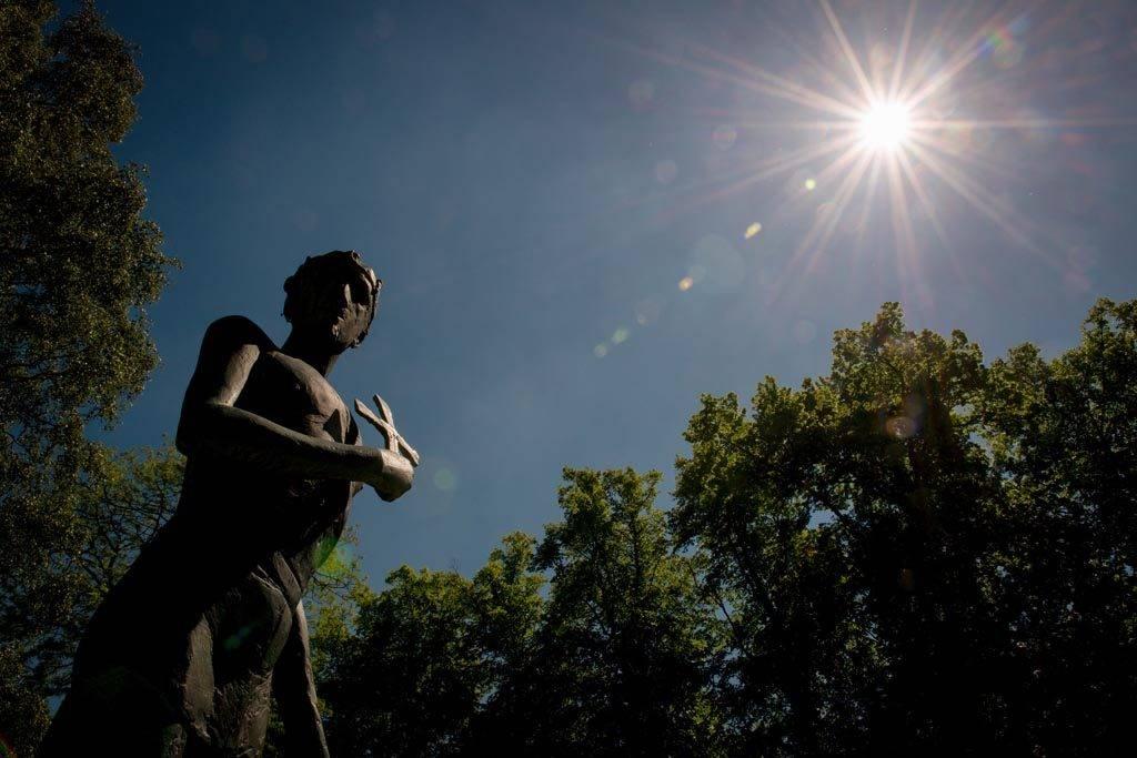 St Edmund statue by Elisabeth Frink