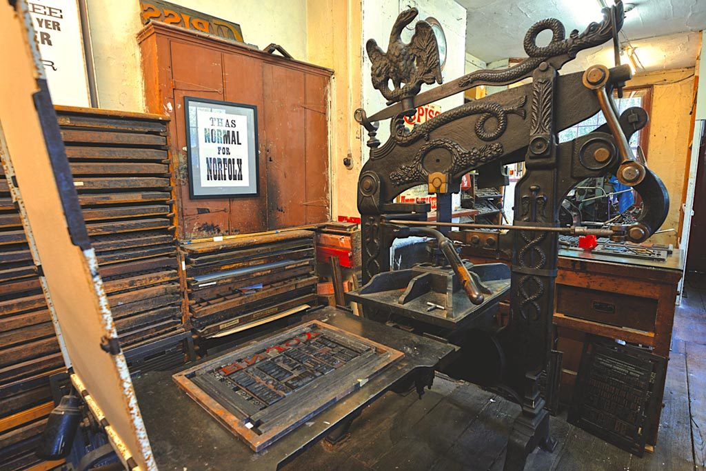 The Columbian Eagle Press and inked type ready for application of the board and printing (credit, Nick Read Photography)